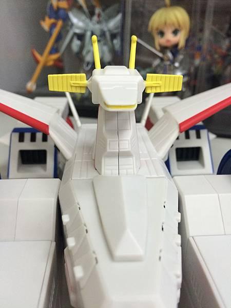 白色基地-艦首.JPG