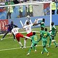 2018年世界盃小組賽第一輪波蘭1:2塞內加爾:波蘭直到下半場第78分鐘才靠著頭槌破蛋,但對當時落後2分的他們為時已晚。
