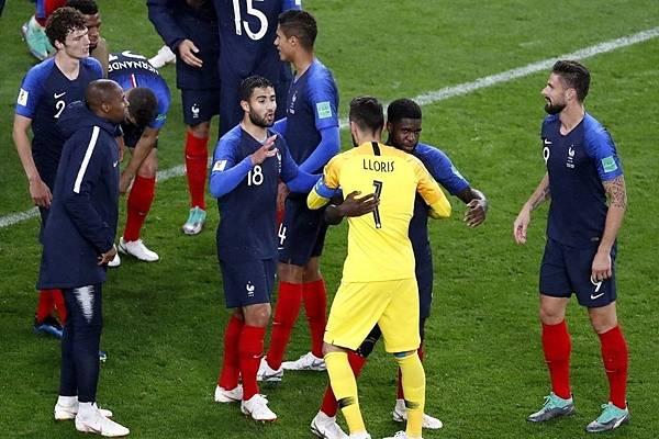 2018年世界盃小組賽第二輪法國1:0祕魯:法國此役展現絕佳腳法,雖然只進一球,但進攻端帶給祕魯極大威脅,贏球毫不僥倖。.jpg