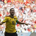 2018年世界盃小組賽第二輪比利時5:2突尼西亞:阿扎爾這場展現世界級中場水準,能傳能射,用12碼為比利時首開紀錄,也締造世界盃前27場都有進球的特殊紀錄。