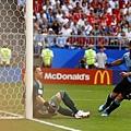 2018年世界盃小組賽第三輪烏拉圭3:0俄羅斯:烏拉圭王牌蘇亞雷斯(Luis Suarez)。