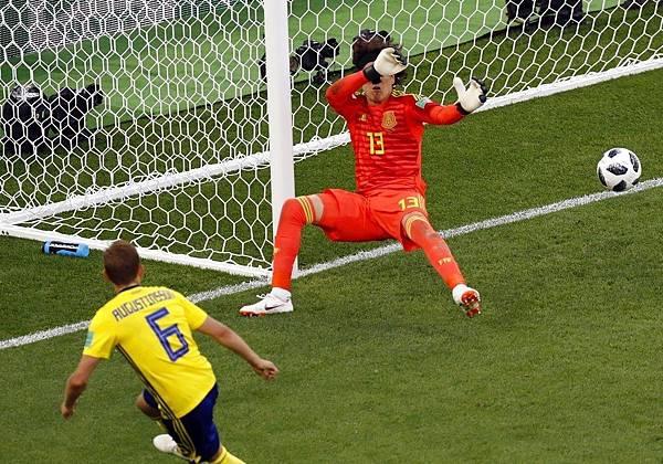 2018年世界盃小組賽第三輪墨西哥0:3瑞典:墨西哥追分期間又讓瑞典靠烏龍球進球,運氣也不站在他們這邊。