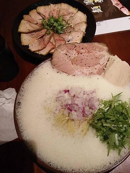 鳳華泡沫系拉麵