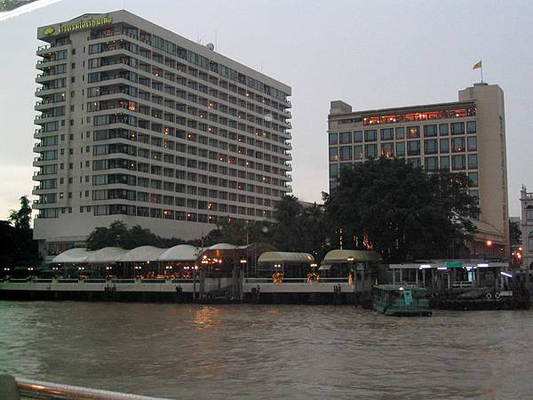 湄南河兩岸情調1
