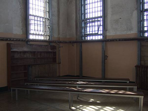 監獄圖書館