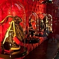 Louis_Vuitton_Sydney_Maison_Store_Windows_012.jpeg