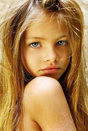 法國十歲模特兒Thylane Lena-Rose Blondeau
