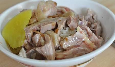 嘉義噴水雞肉飯