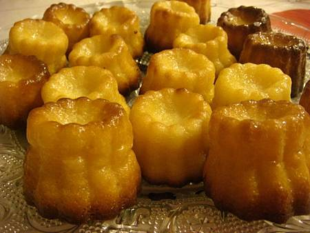 吃在法國甜點自己做:Canele可麗露