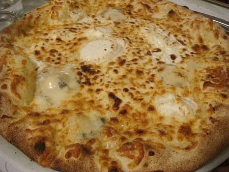 吃在法國自己煮:四起司披薩four cheese pizza