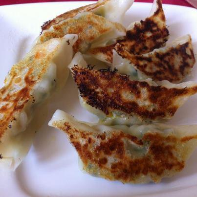牛肉雞肝筍乾鍋貼(水餃)[