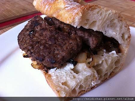 法式牛肉三明治