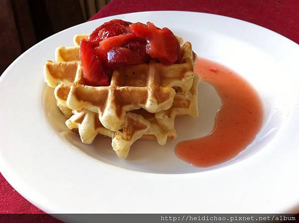 鬆餅佐新鮮草莓醬gaufres aux fraises