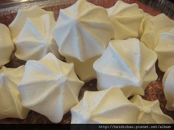 蛋白霜 meringue