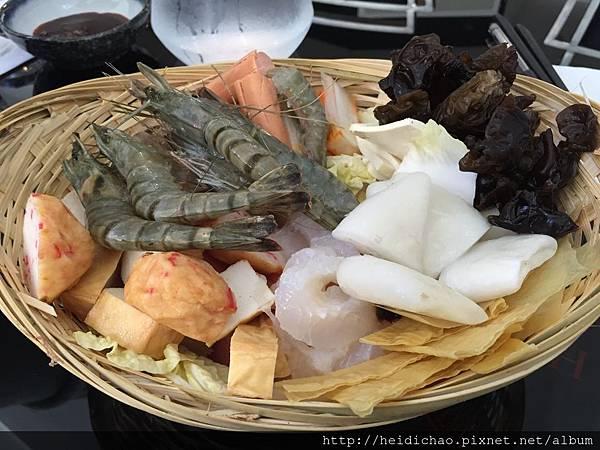 Chez Riz小米麻辣鍋