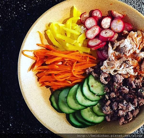 韓式蔬菜泡菜拌飯