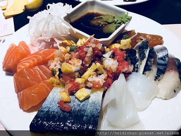 漢來海港城餐廳