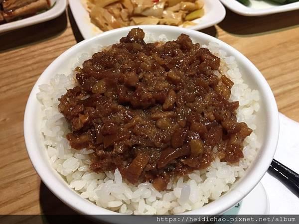 玉女號滷肉飯