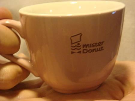 璽里爾與Mr.donut粉紅杯