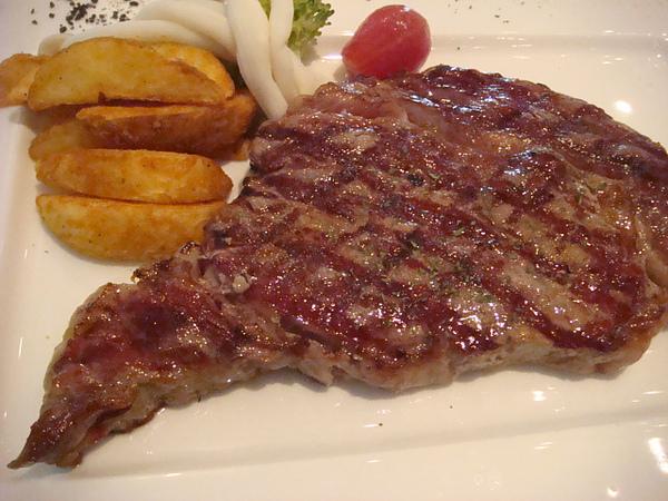 紅敞牛排 red steak