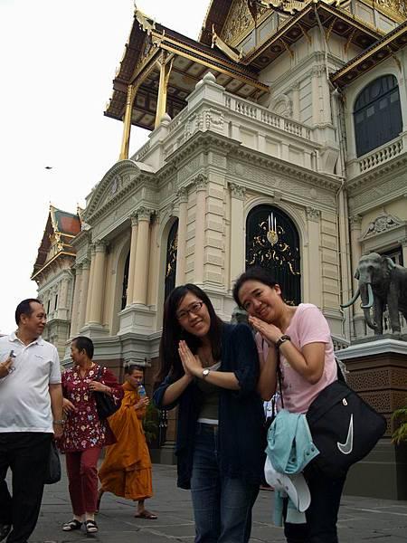 113在泰國皇室的地盤入境隨俗....JPG