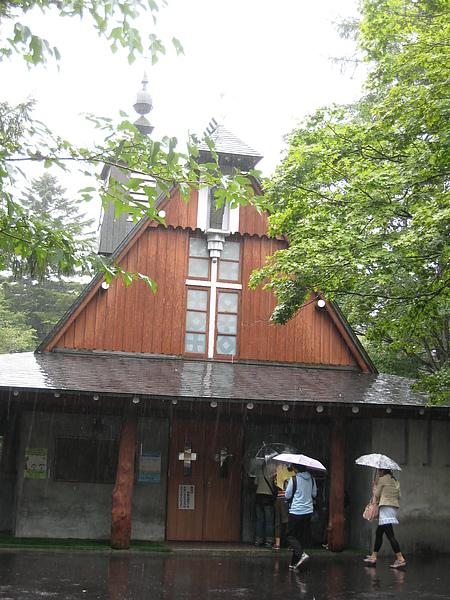 IMG_5096看到教堂很高興,因為可以躲雨....好冷!.JPG