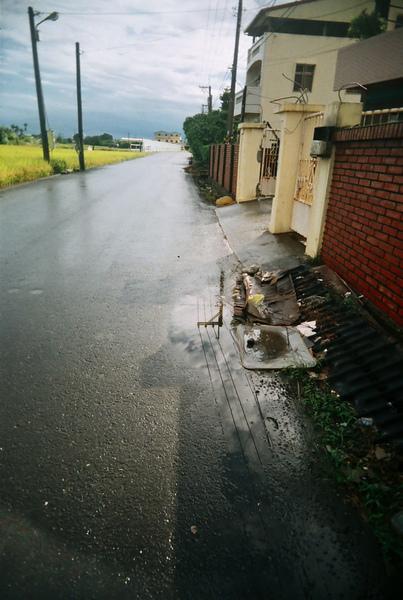 雨後的家門