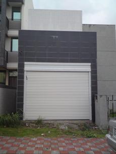 01車庫捲門.JPG