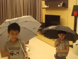 01我們的小雨傘.JPG