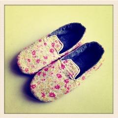 20110309復古小花鞋2.JPG