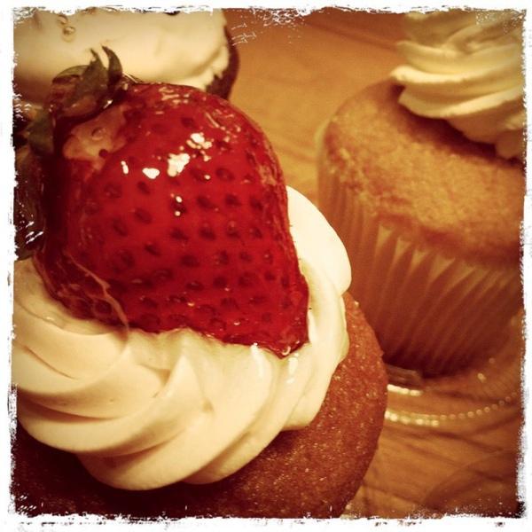 20110217好吃的杯子蛋糕.jpg