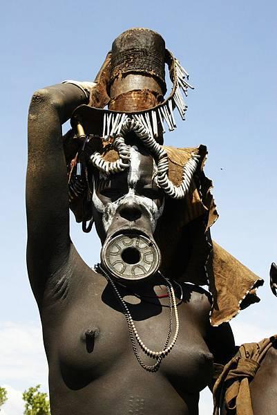 衣索匹亞 摩西族 大唇婦女