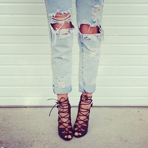 ripped-jeans1.jpg