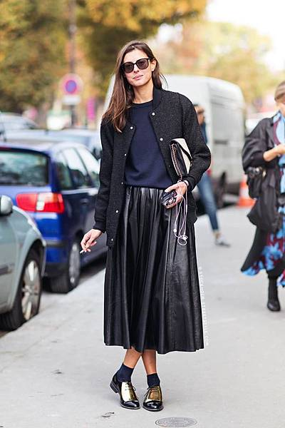 Le-Fashion-Blog-Street-Style-Leather-Pleated-Skirt-Celine-Gold-Oxfords-Paris-Fashion-Week-Via-Stockholm-Streetstyle.jpg