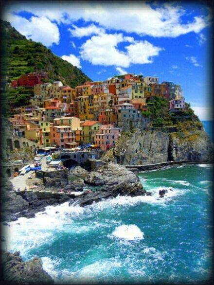 義大利懸崖上的小鎮