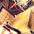 這個古董流蘇沙發好可愛~~