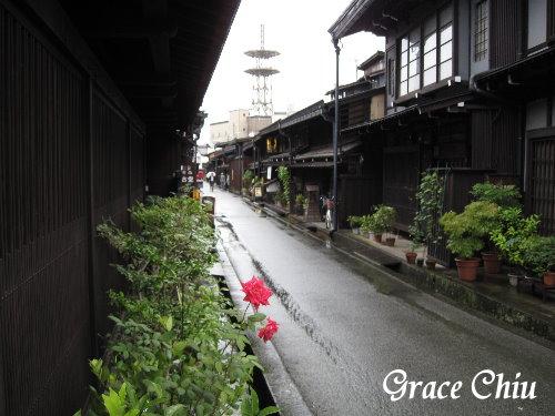 下著雨的飛驒老街