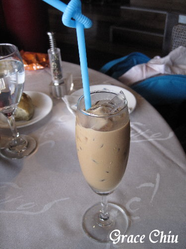 義大利冰釀咖啡,很好喝,但超小杯