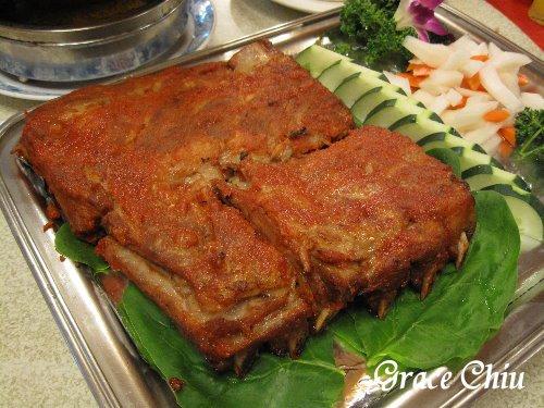 天然臺湘菜館~烤肋排
