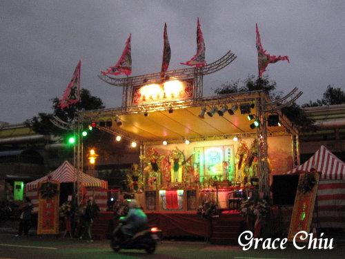 龍山寺周邊紅壇