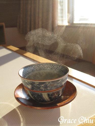 我在房裡泡茶