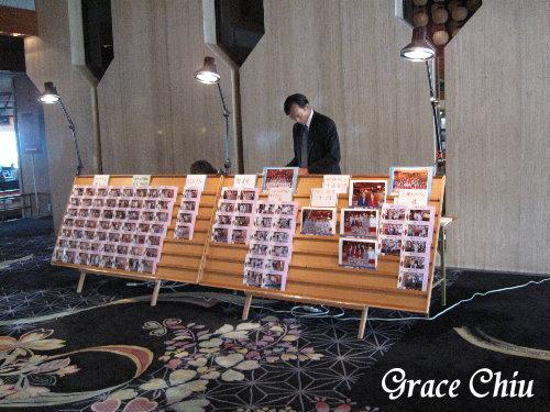 大廳有昨天進飯店時拍的照片供選購