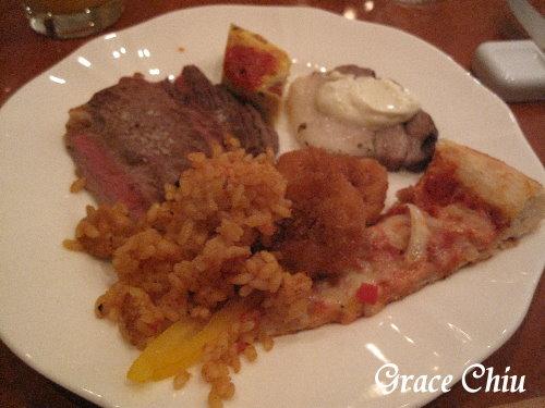 晚餐就在ASSOCIA飯店的自助餐餐廳