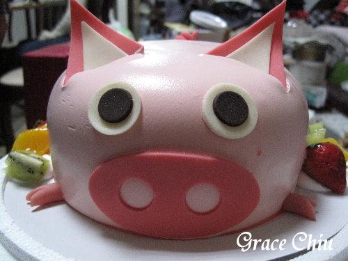 優仕紳烘焙~粉紅豬造型蛋糕