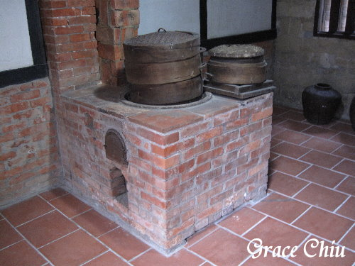 每間廳都有展示古早時期物品