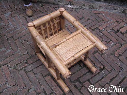 古早時期娃娃椅