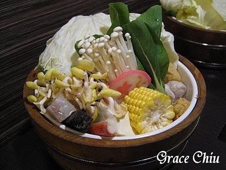 蘆洲正官木桶鍋