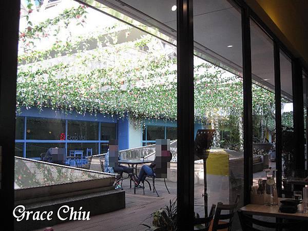戶外餐廳區 the chips 美式餐廳(板橋車站店) GlobalMall環球購物中心 新北美式 新北漢堡