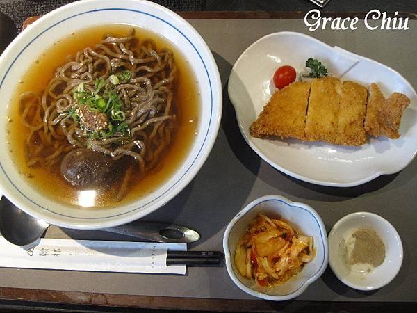干貝油蔥豬排茶麵 翰林茶館(台北微風車站店)  珍珠奶茶 泡沫紅茶 簡餐 火鍋