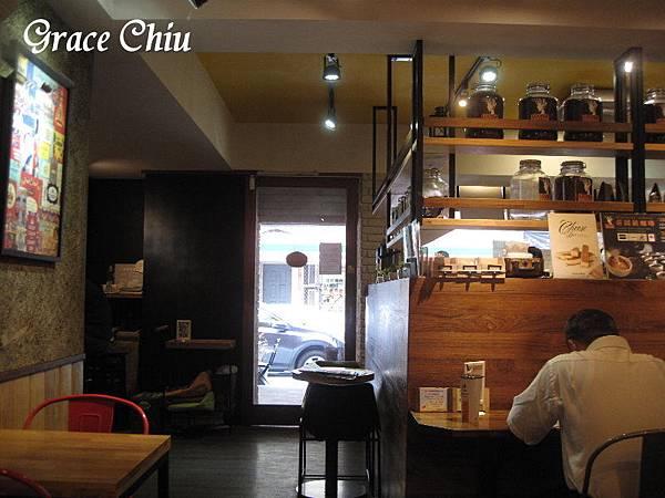 路易莎咖啡 LOUISA COFFEE(延平店) 咖啡 飲品 輕食 甜點